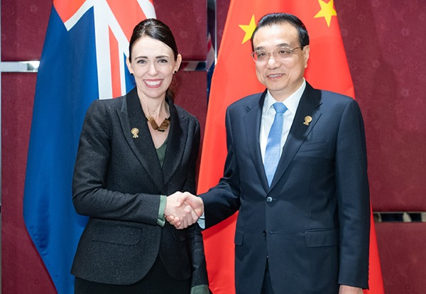 Premier calls for environment of fair competition for Chinese businesses:null