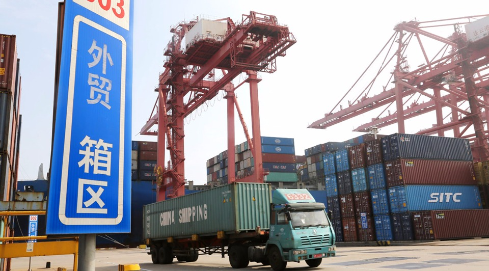 China's exports, imports up in June:2